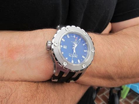 New Quiksilver Cisero herculodge 52mm bezel is big enough for a manly