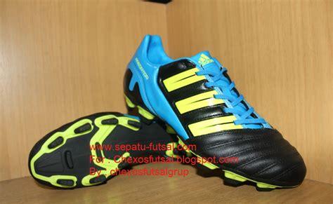 Sepatu Bola Adidas Predator Terbaru jual sepatu bola original sepatu sepak bola adidas