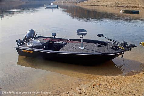 bass boat occasion aqua bass boat rigiflex la p 234 che et les poissons