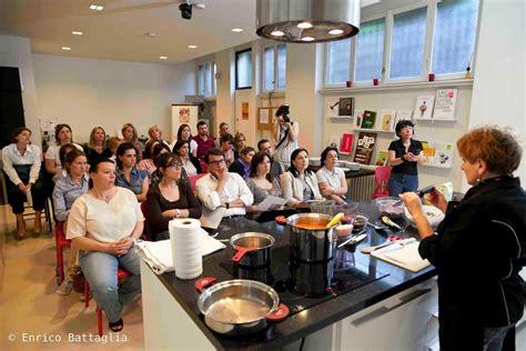 lezioni di cucina a domicilio cuoca al tuo domicilio lezioni di cucina