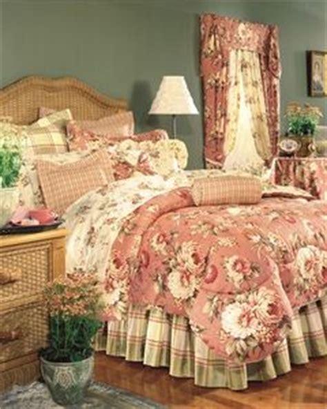 thomasville comforter sets thomasville clannada comforter set decorating