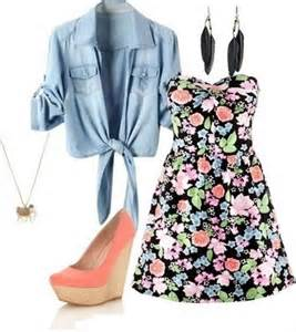 Cute spring outfit floral print mini strapless dress and pink wedges