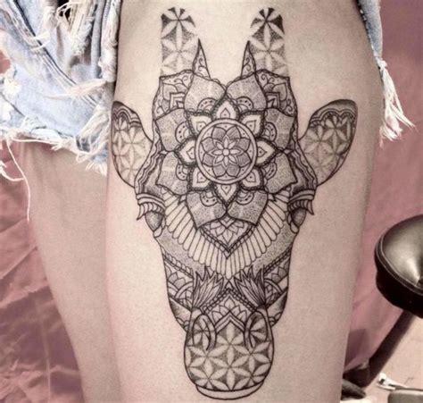 giraffe tattoo seine bedeutung und 26 ideen
