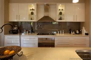 Pictures of kitchens modern cream amp antique white kitchens