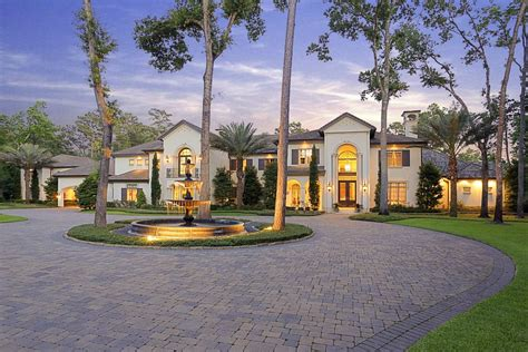 luxury real estate in houston