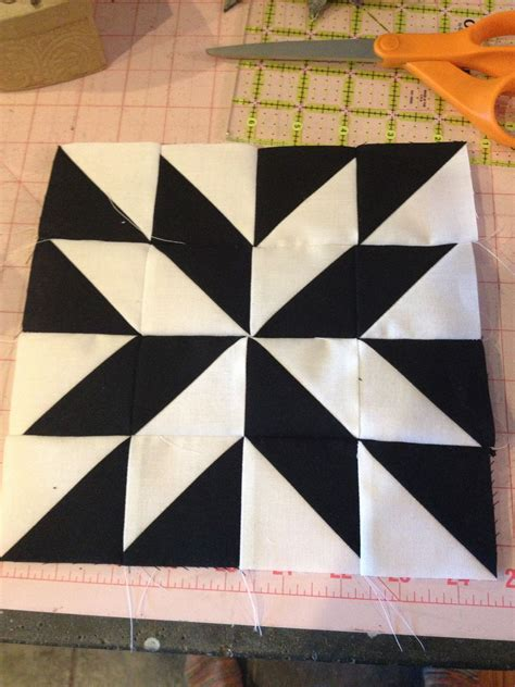 black and white star quilt pattern block 22 bargello quilts half square triangles and