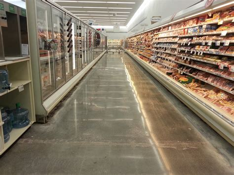 Store Floor Polishmaxx Polished Concrete Contractor In Iowa Illinois