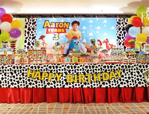 themes of toy story 3 toy story birthday quot aaron s 3rd birthday party quot catch