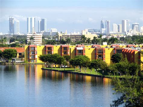 seven places in miami your 7 things to do in miami for minitime
