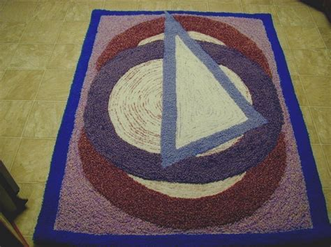 Triangle Shaped Rug by Circle Triangle Rug 183 A Mat Rug 183 Yarn Craft On Cut Out