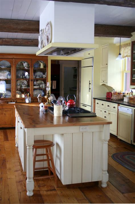 farmhouse island kitchen vermont farm house the mckernon brandon vermont