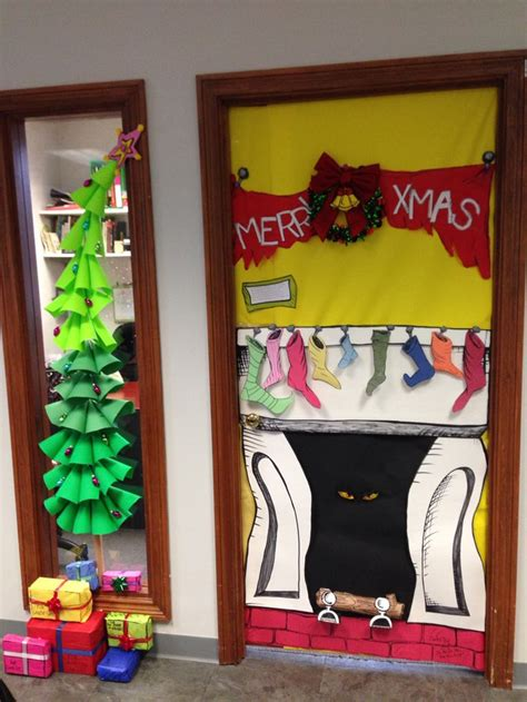 best grinch office doors 200 best images about classroom door decor on dr seuss ribbon week and back