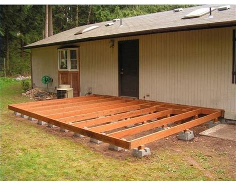 How to Build a Deck Using Deck Blocks   Stains, The old