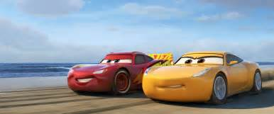 Lightning And Car Cars 3 Gets New Trailer Highlighting Lightning S
