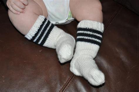 free pattern baby socks baby tubies socks knitting patterns and crochet patterns