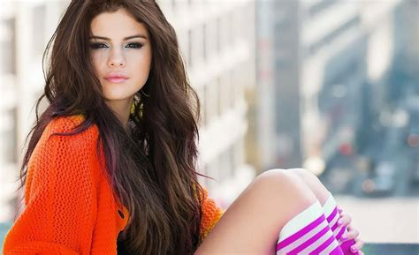 selena gomez  wallpapers pictures images
