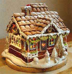 38 simple amp inspiring gingerbread house ideas snappy pixels