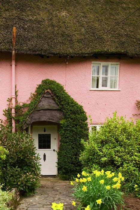 thatched cottage and garden rooms thatched cottage somerset this cheery