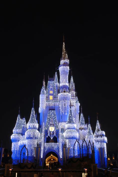 What S New For Week Of Nov 13 2013 Walt Disney World Disney World Castle Lights