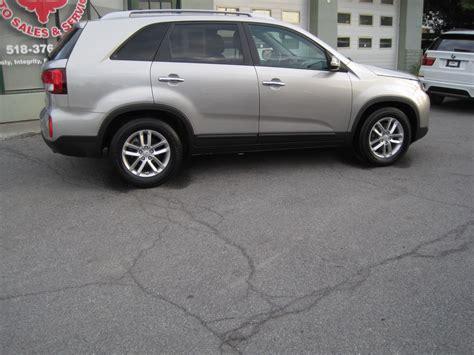 kia sorento third row seat used 2014 kia sorento lx 3rd row seat rearview back up