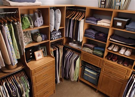 how to customize a closet for improved storage capacity how to build walk in closet cabinets imanisr com