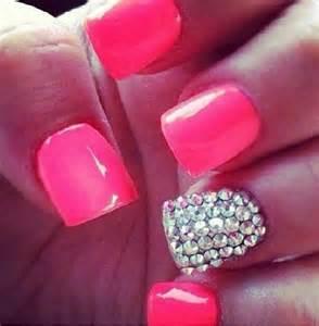 nail design pink glitter fashionista pinterest