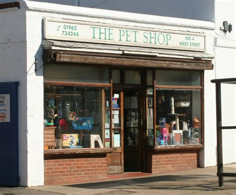 pet store about alresford