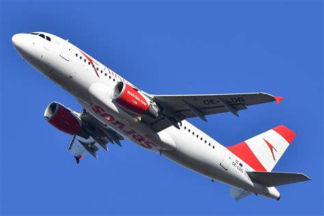 schiebetür außen aua 11 4 millionen passagiere im jahr 2016 austrian wings