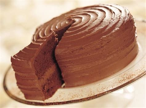 Chocolate Fudge Cake Decoration Ideas by Chocolate Fudge Cake Recipe Dr Oetker