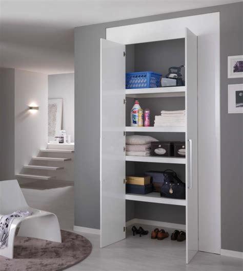 creare armadio a muro come ricavare un ripostiglio in casa porte per armadi a