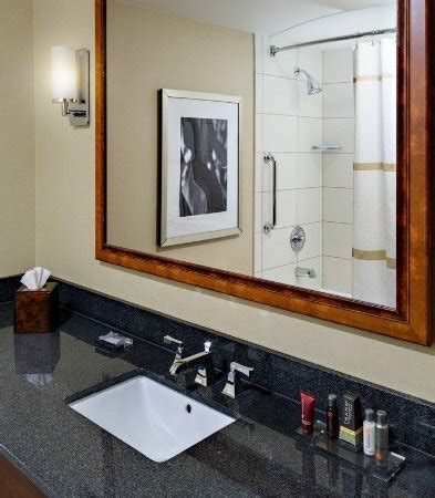 The men's room cedar rapids