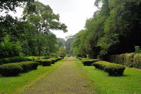 Bogor Botanical Garden Day Trip From Jakarta To Bogor And To Taman Safari Park In Indonesia