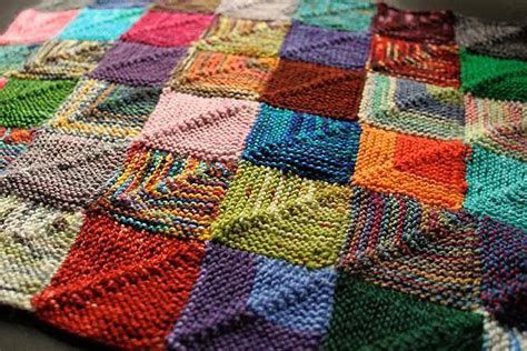 Patchwork Knitted Blanket - how to mix yarn finally use up your stash yarn