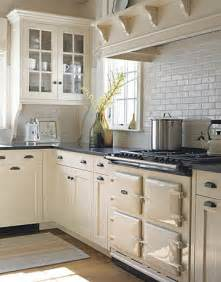 Painting Kitchen Cabinets Cream Barrie Briggs Spang Oh Kitchen Cabinets What To Do