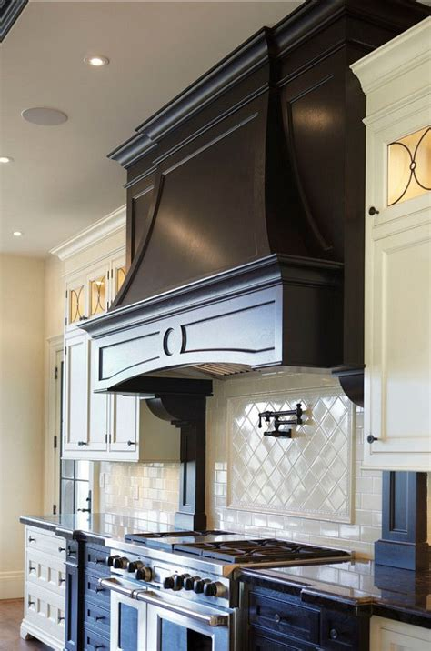 kitchen cabinet range hood design 25 best ideas about kitchen hoods on pinterest range