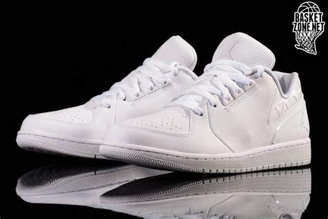 Sepatu Nike Flight 04 40 44 nike air 1 flight 3 low white price 67 50 basketzone net