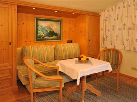 35 qm wohnzimmer 2 raum ferienwohnung reit im winkl frau jolande m 252 hlberger