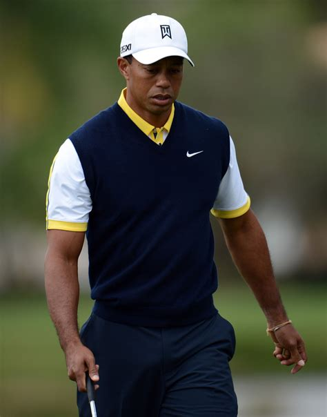 tiger woods golden shower tiger woods vest tiger woods clothes looks stylebistro
