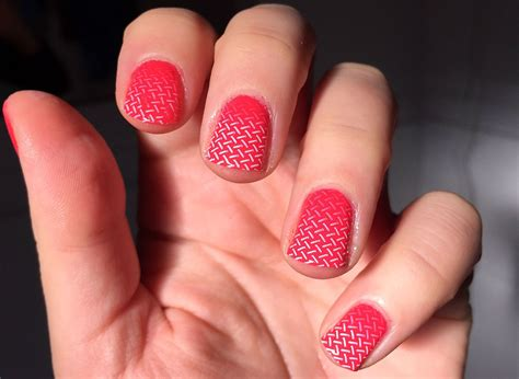Cheap Nail Designs by Gradient Nail Cheap Healthy Clean Up Method