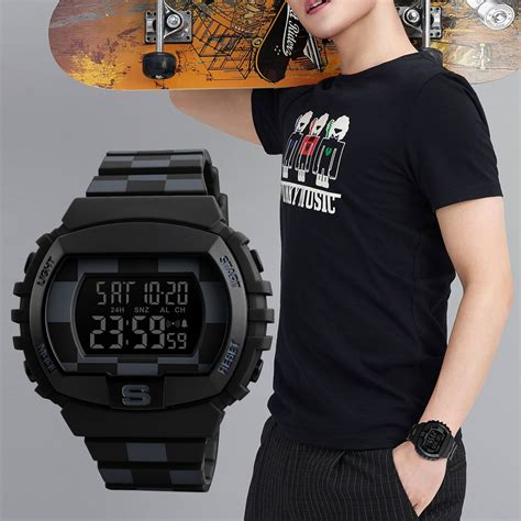 Traveller Tempat Jam Tangan Sport Isi 3 Black Crem skmei jam tangan digital sporty pria 1304 black