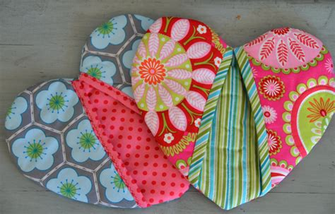 pattern for heart shaped oven mitt compulsively creative confessions