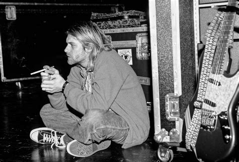 kevin mazur photographer kurt cobain 20 years later photographer kevin mazur