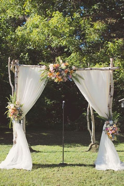 Wedding Backdrop Outdoor by 25 Best Ideas About Outdoor Wedding Backdrops On
