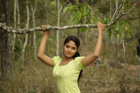 telugu actress varsha biography varsha ashwathi telugu tamil movie actress images
