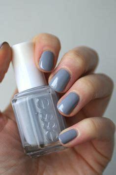 what color nail polish looks best on short nails essie tart deco vs essie peach side babe essie envy