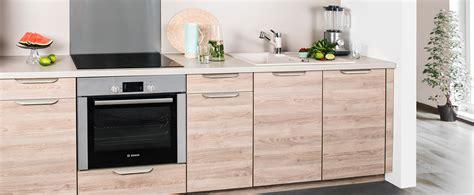 meubles cuisine darty 10 cr dences qui habillent les murs de la cuisine darty of