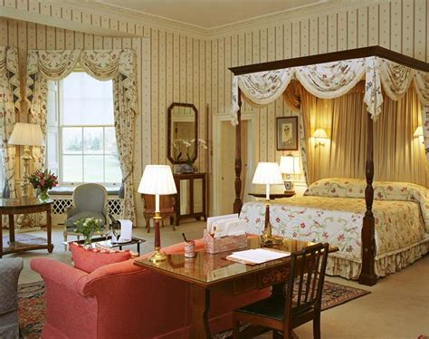 Buckingham Palace Bedrooms | rooms in buckingham palace inside buckingham palace