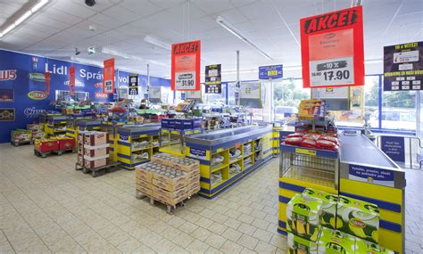 aussie supermarket wars set to explode with lidl