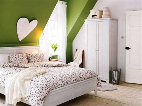 small attic bedroom decorating ideas small room decorating ideas
