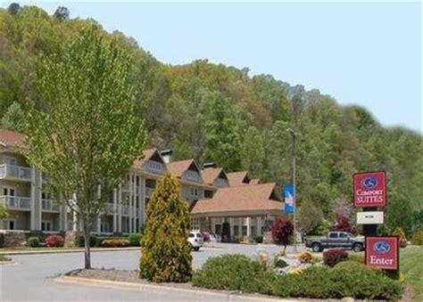 comfort inn and suites cherokee nc comfort suites cherokee cherokee deals see hotel photos